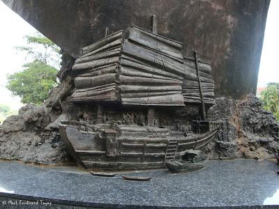 Boat Architecture Photo 2
