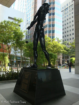 Salvador Dali Statue in Singapore Photo