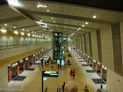 Singapore Circle Line MRT Photo 2