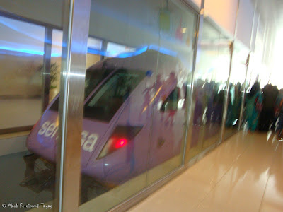 Vivo City Sentosa Station Photo 13