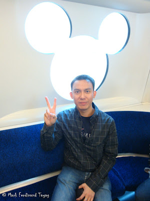 Hong Kong Disneyland Train Photo 8
