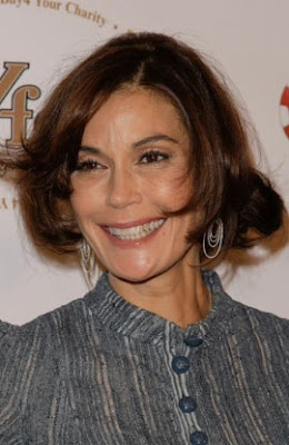 Teri Hatcher Awful Hair