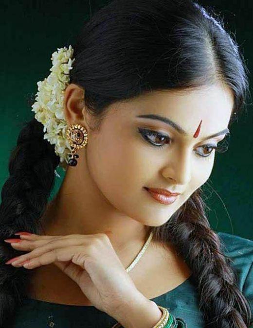 Sexy | Cute | Hot | Beautiful Girls Of Kerala