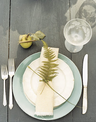 Ideas for creating easy table settings oh my creative for Simple table setting