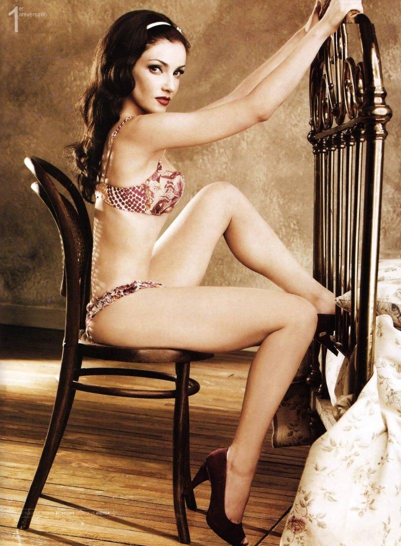 http://1.bp.blogspot.com/_yberMRekEGc/SQkxEU-g4DI/AAAAAAAAIjo/0w-HstfHH3Q/s1600/Karla%2BAlvarez-111.jpg