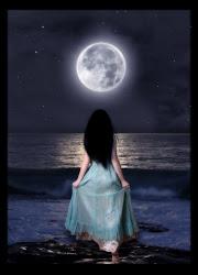 A lua encanta a mulher