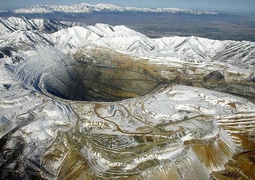 Los agujeros mas  grandes del planeta