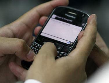 Cara Mengatasi Blackberry Lemot