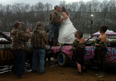 Redneck Wedding Ideas on Weddingzilla  I Love Redneck Weddings  Redneck Wedding Photos
