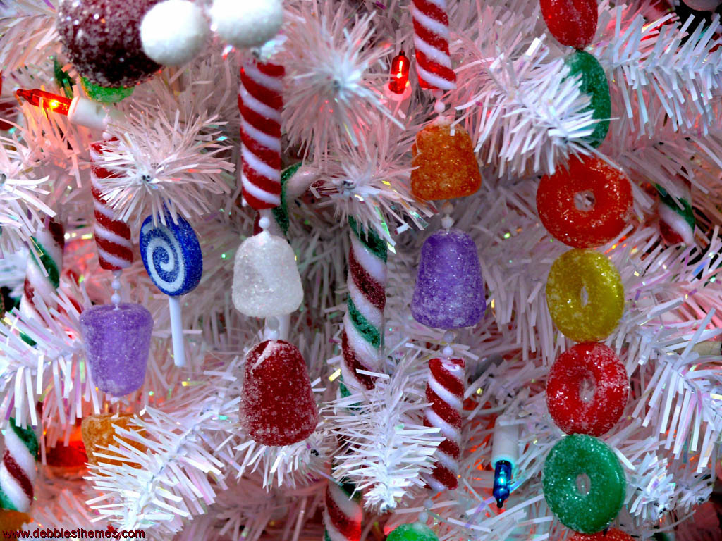 Candy For Christmas Wallpaper