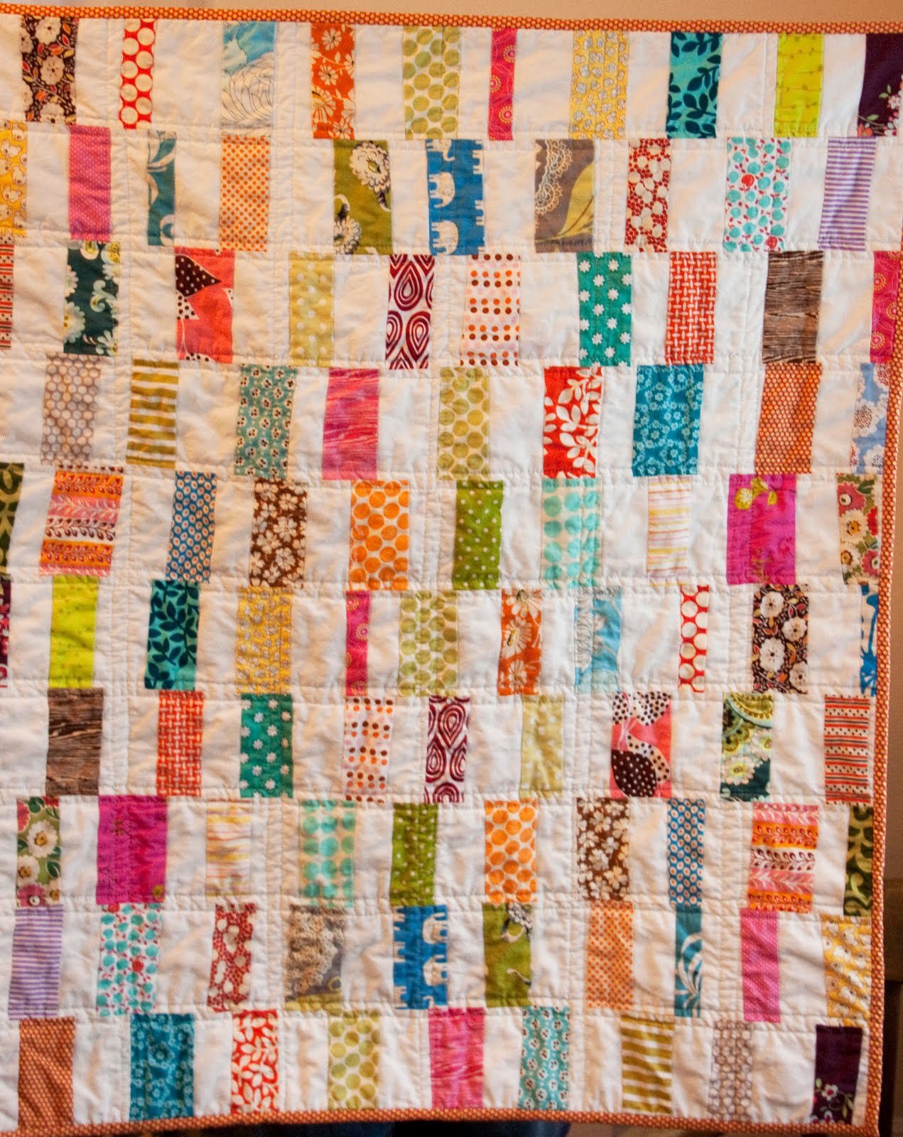 Craftyblossom scrappy bar quilt for Scrap quilt