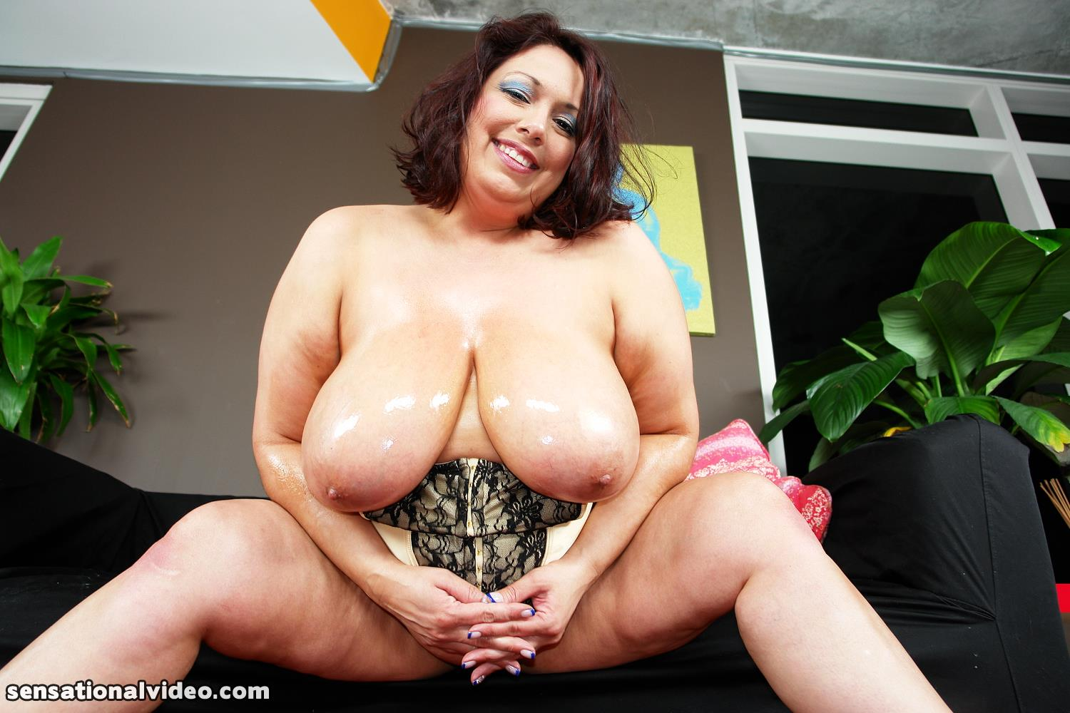 Rikki A Truly Beautiful Woman But Don T Let That Smile Fool You