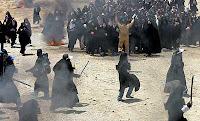 شیرین عبادی<br />آژانس خبری کوروش: پرسش حقوقی من اين است که آيا اجتماعات يا راهپيمايی ها احتياج به مجوز دارد يا خير