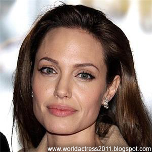 angelina jolie, angelina jolie biography, Gone in 60 Seconds,Girl, Interrupted,The Bone Collector,Pushing Tin,Playing by Heart,Hell's Kitchen,Gia (TV),Playing God,George Wallace (TV),True Women (TV),Foxfire,Mojave Moon,Love Is All There Is,Hackers,Without Evidence,Cyborg 2,Alice & Viril,Lookin' to Get Out