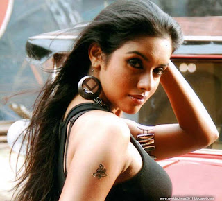 asin ,india,actresses, topless,beautiful girls, sexy ,beautiful faces,cute girls, world actress, Narendran Makan Jayakanthan Vaka,Amma Nanna O Tamila Ammayi,Shivamani 9848022338,Lakshmi Narasimha,Gharshana,M. Kumaran son of Mahalakshmi,Chakram,Ullam Ketkumae,Ghajini,Majaa,Sivakasi,Varalaru,Annavaram,Aalwar,Pokkiri,Vel,Dasavathaaram,Ghajini,London Dreams,Kaavalan,Ready""