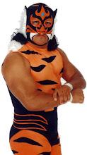 Hector Larralde, luchador Dominical