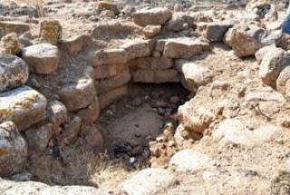 syria's 5th millenium bc tombs