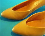 Super Awesome 80s Bright Orange Heels Sz 7 -$12-