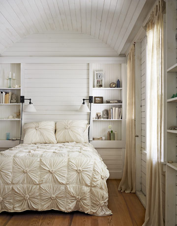 Such a rela bedroom. Country chic inspiration and DIY ideas   Home Base Decor
