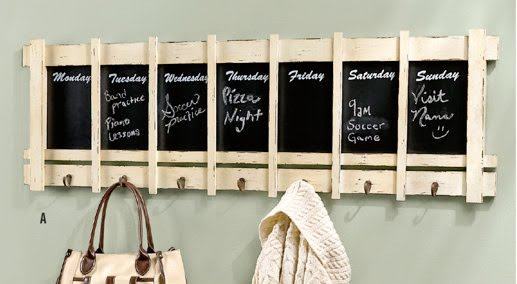 Chalkboard Calendar Canada : Entryway inspiration prepare for the influx of holiday