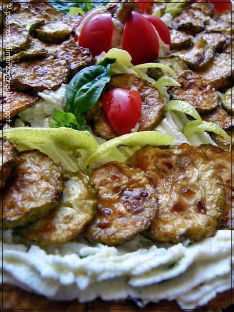 http://www.pecorelladimarzapane.com/2010/05/crostata-con-ricotta-fresca-e-zucchine.html