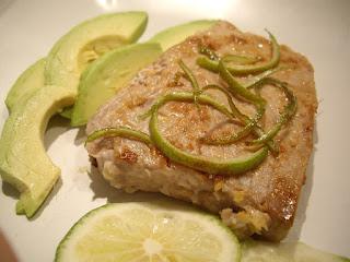 Steak pave de thon au gingembre et à la citronelle wok citronnelle