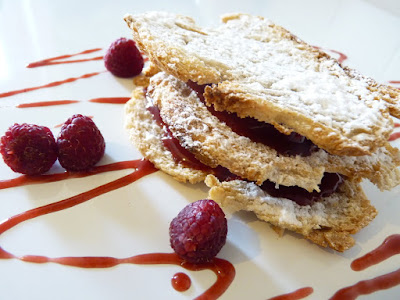 framboises fraises en millefeuille de pain jean sulpice