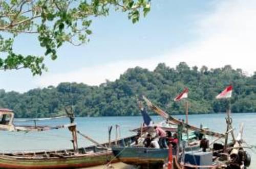 Pantai Tamban dan Desa Wisata Tambakrejo