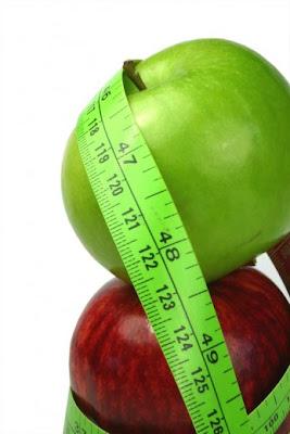 http://1.bp.blogspot.com/_ysF-hLJLzII/S-Xm1jr7M2I/AAAAAAAAAIU/jRO7xB2HzqY/s1600/adelgazar-manzanas-verde-y-roja-con-cinta1.jpg