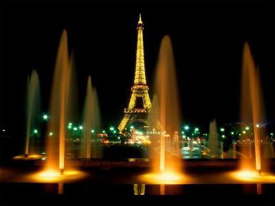¿Cuánto mide la Torre Eiffel? 0