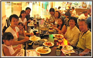 My family members, including Kellie's cousin, at Shogun Japanese Restaurant, 1 Utama