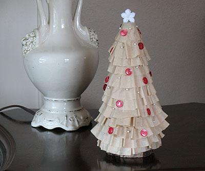 Coffee Filter Christmas Tree by Amanda Formaro of Crafts by Amanda