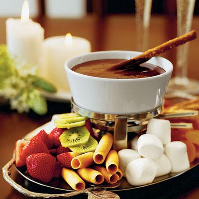 http://1.bp.blogspot.com/_yxbH5iHFbVE/Sl_grPmX8gI/AAAAAAAADYw/78x2-trsWUs/s400/170709+fondue+de+chocolate+foto+divulga%C3%A7%C3%A3o.jpg