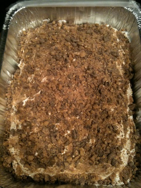 Butterfinger Cake aka Better Than Sex Cake (HA!) MOIST, melts in your mouth, ...