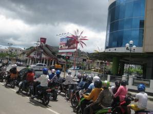 Kerugian Bentrok Tarakan Rp 5 Miliar - Kaltim Borneo