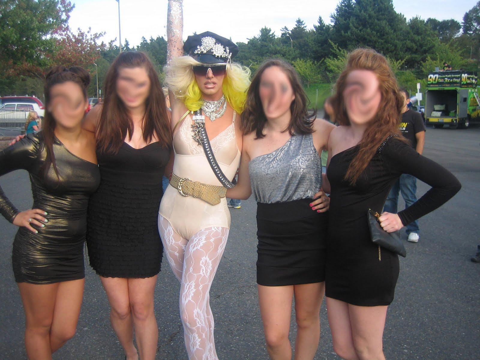 http://1.bp.blogspot.com/_z22KIafhDkw/THcWtGMzfoI/AAAAAAAABGY/eGWx5IUFlYc/s1600/Lady+Gaga+1.jpg