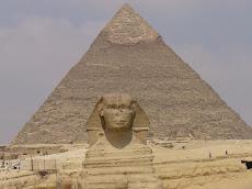 piramide y esfinge en Egipto