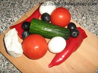 ingrediente salata bulgareasca