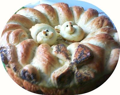 Articole culinare : Colac mare și porumbei