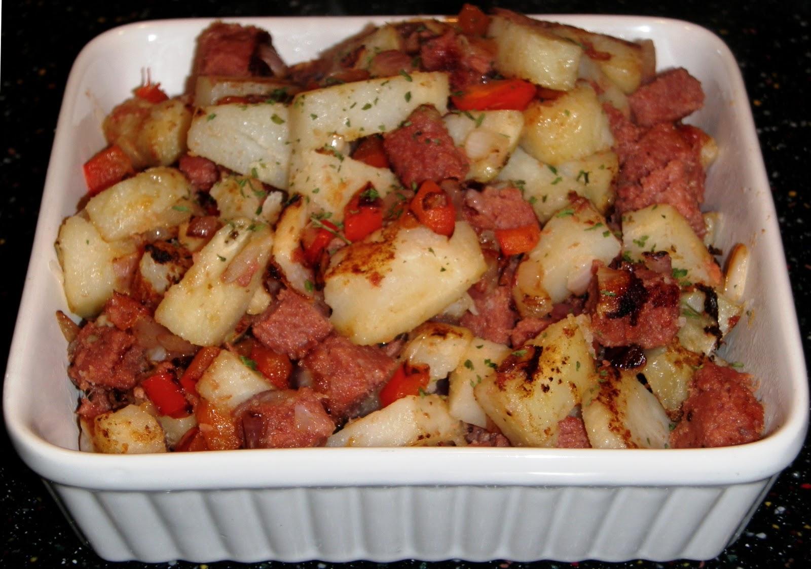 Sandra's Alaska Recipes: SANDRA'S RUSTIC CORNED BEEF HASH