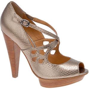 [shoe1.jpg]