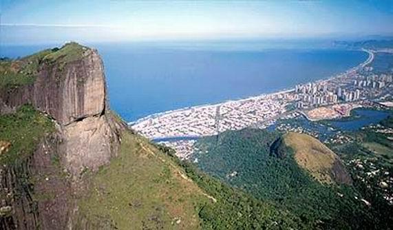 Climbing Pedra da Gávea