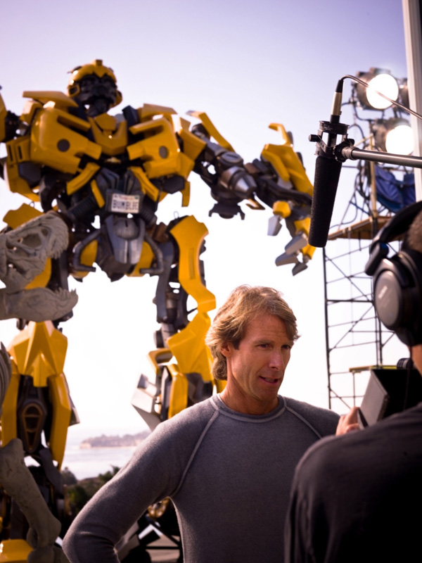 michael+bay+Photos+in+movie++Transformers+3 Transformer 3 The Movie Wallpaper