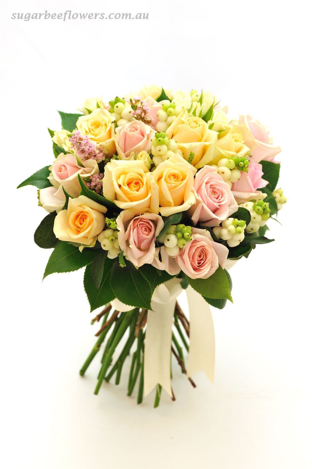 Sugar bee flowers mixed garden bouquet rose bouquet for Images of bouquets of roses