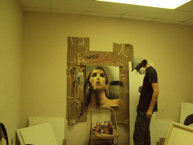 proceso de graffiti sobre canvas de izak