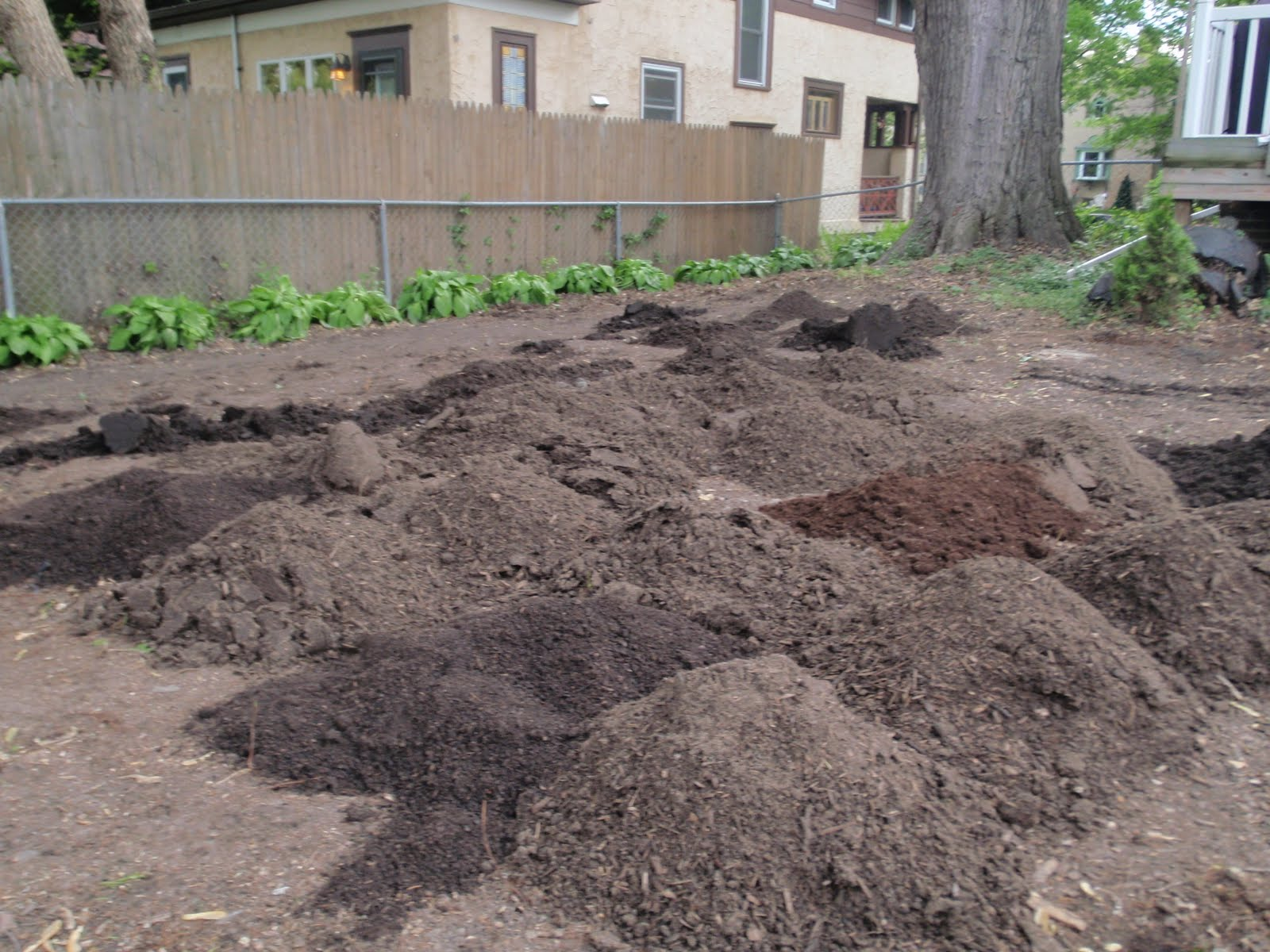 Yard of topsoil bing images for Backyard soil