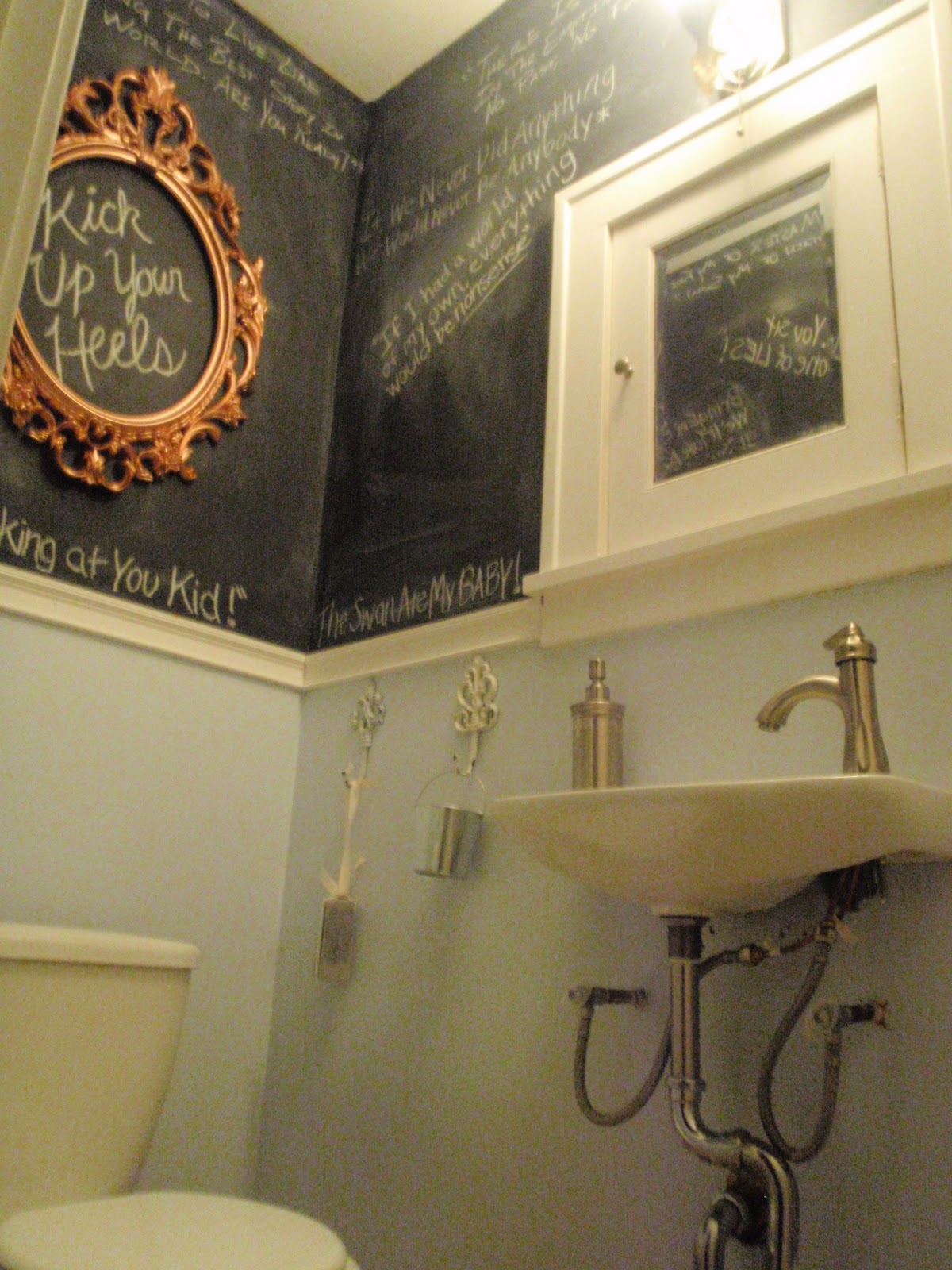 Hammers And High Heels The Mini Bathroom Is Done It 39 S Nonsense But It 39 S 39 Us 39