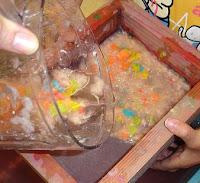 mezclar papel y agua
