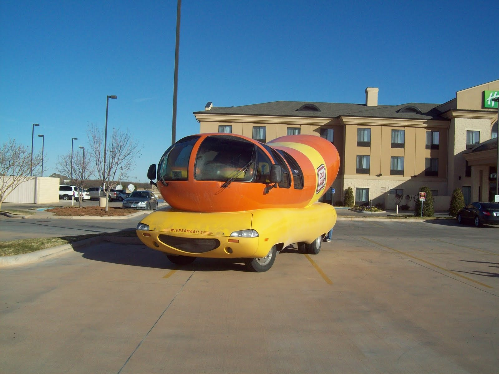 Weinermobile 26 2011 further Courtweek likewise Racefor50states files wordpress likewise Courtweek moreover 1950s. on oscar mayer wienermobile beach california