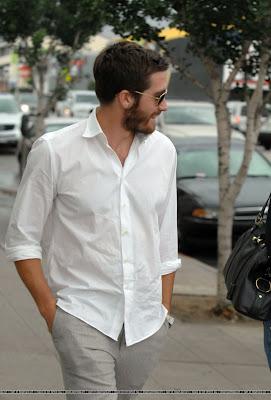 Jake Gyllenhaal is, in fact, human